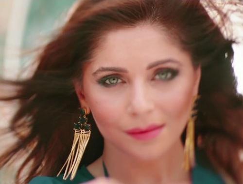 Kanika Kapoor, Deep Money - Resham Da Rumaal (Video)