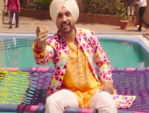 Diljit Dosanjh & Sonam Bajwa - Kalliyan Kulliyan (Super Singh)