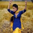 Kaur B - Phulkari (Video)