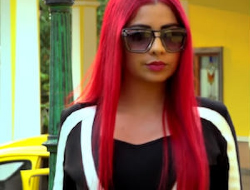 Amrit Maan and Jasmine Sandlas - Bamb Jatt (Video)
