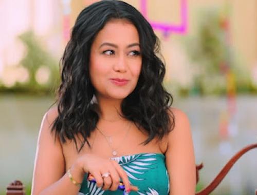 Neha Kakkar - Puchda Hi Nahin (Video)