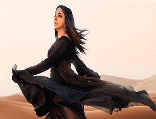 Jasmine Sandlas, Ranbir Grewal - Chunni Black (Video)